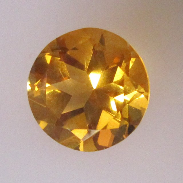 2.98cts Golden Yellow Citrine Round Shape