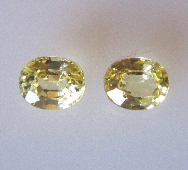 0.66cts Matching Pair Natural Oval Sapphires 2pcs