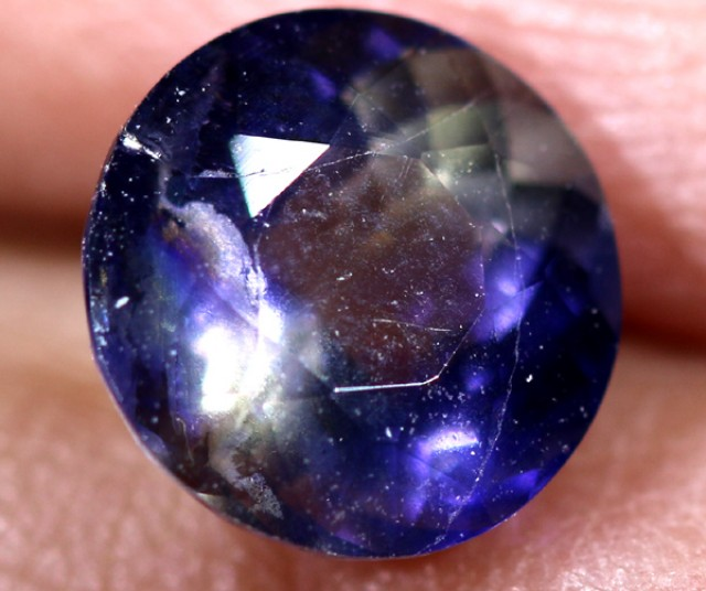 IOLITE NATURAL FACETED  0.90  CTS   RNG-75
