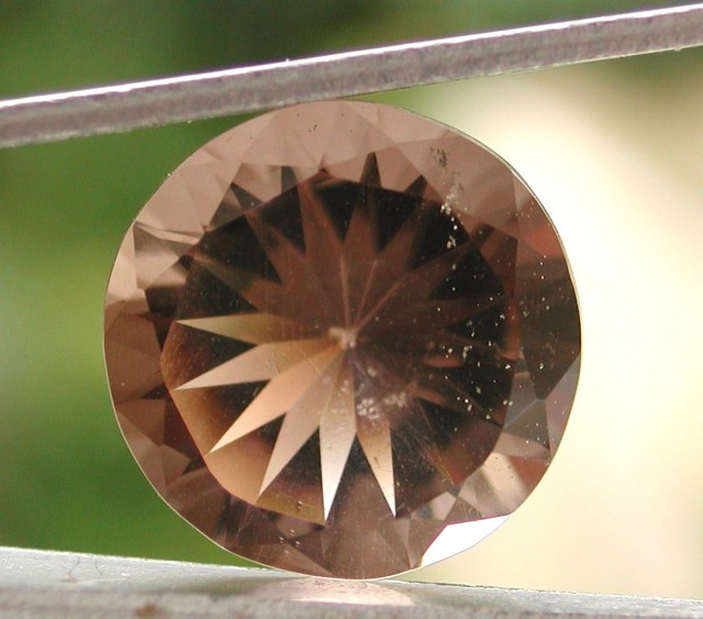 7.20ct WONDERFUL BRAZILIAN FACETED SMOKEY QUARTZ GEM CUT IN THE U.S (MJ68)