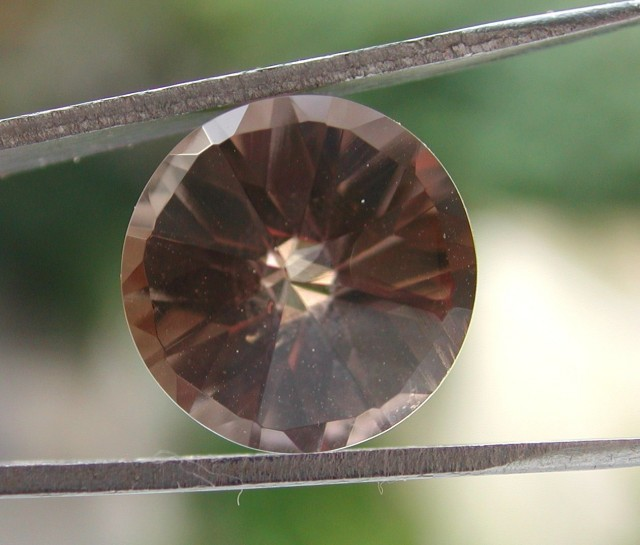 5.80ct WONDERFUL BRAZILIAN FACETED SMOKEY QUARTZ GEM CUT IN THE U.S (MJ77)