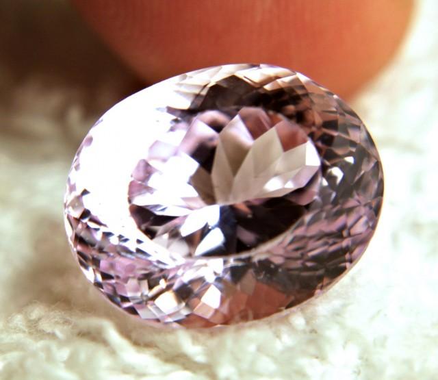 18.32 Carat VVS1 Himalayan Purple / Pink Kunzite - Beautiful