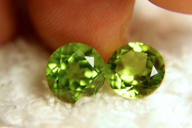 5.93 Tcw. Matched Peridots - 9mm Round