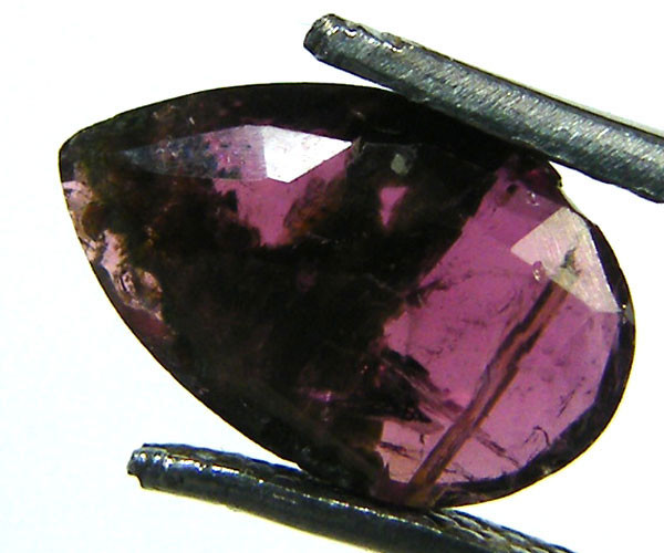 OLD TRIBAL CUT TOURMALINE GEMSTONE 1.85 CTS GW 1587-8