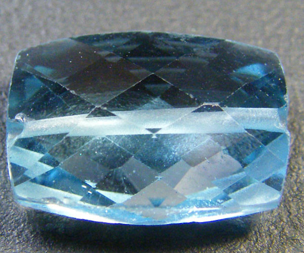 NATURAL BLUE TOPAZ BEAD 4.95 CTS GW 1451-2