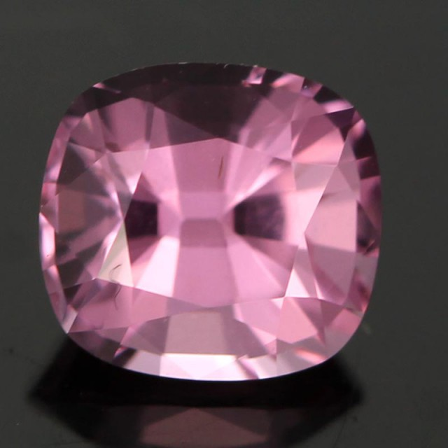 0.82cts VVS Soft Pink Spinel - Great Cut (RS45)
