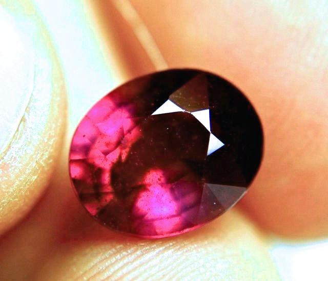 6.67 Carat Fiery Purplish Red Ruby - Superb