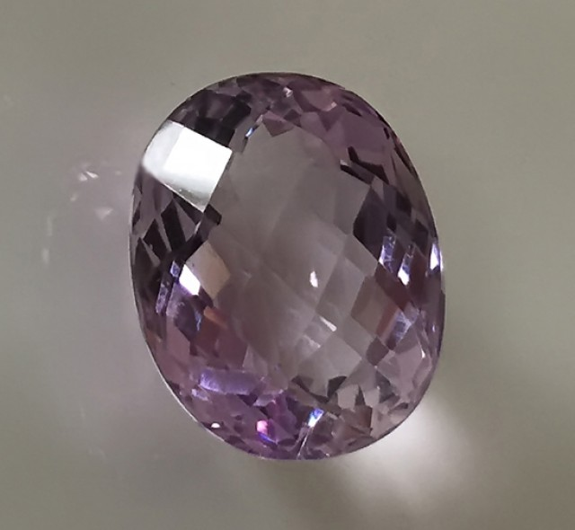 A GLITTERING NATURAL AMETHYST 16.03CT DELIGHTFUL BRIGHT GEM