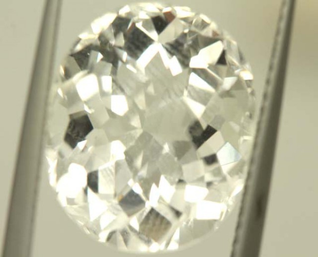 FACETED CLEAR CRYSTAL QUARTZ 8.65 CTS   PG-1502
