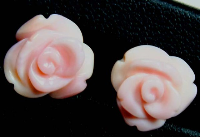 CONCH SHELL ROSE CARVING HALF DRILLED 9.20CTS LT-157