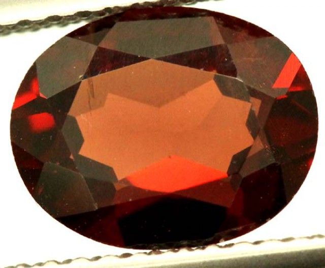 GARNET FACETED STONE 1.75 CTS PG-1556