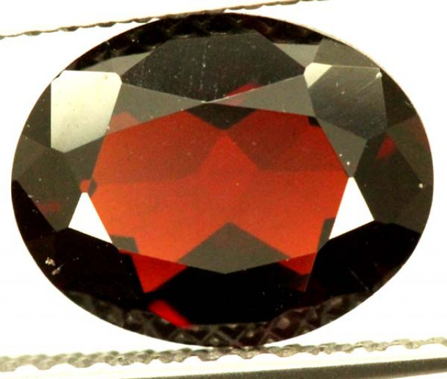 GARNET FACETED STONE 2.60 CTS PG-1557