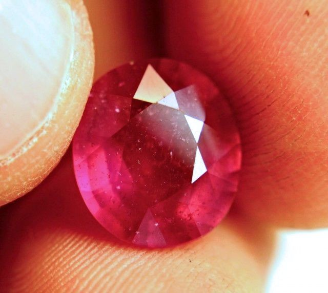7.36 Carat Pinkish Red Fiery Ruby - Gorgeous