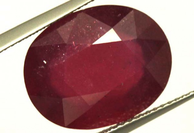 FACETED RUBY 13 CTS  PG-1660