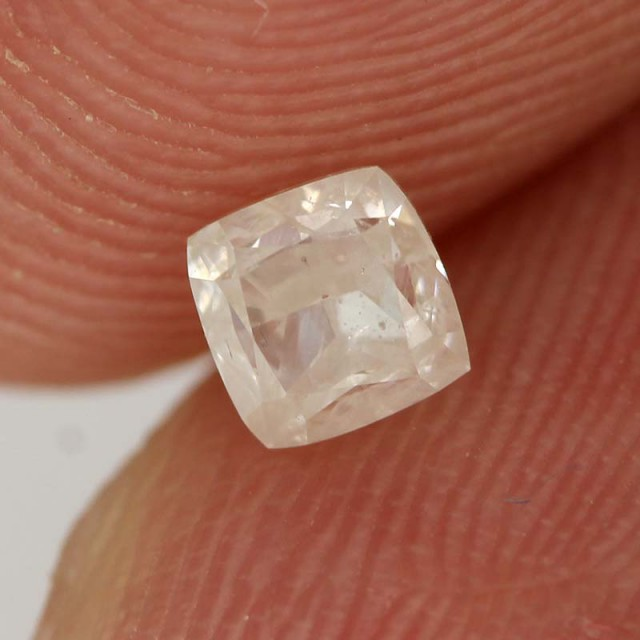 0.38cts Milky White Diamond - Natural (RS56)