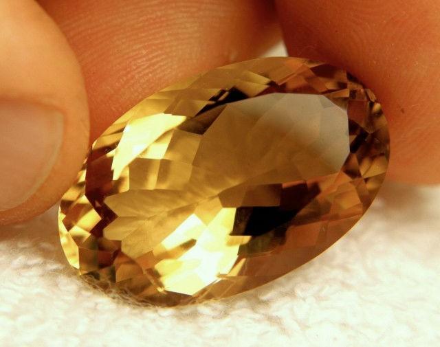 31.25 Carat VVS Natural Golden Citrine