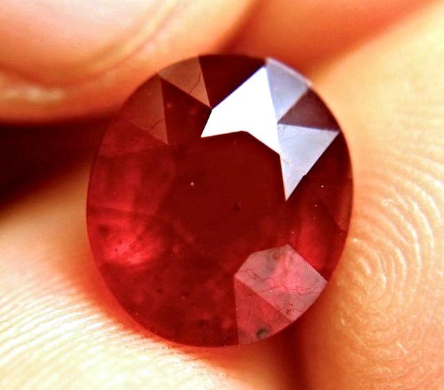 8.14 Carat Fiery Cherry Ruby - Superb