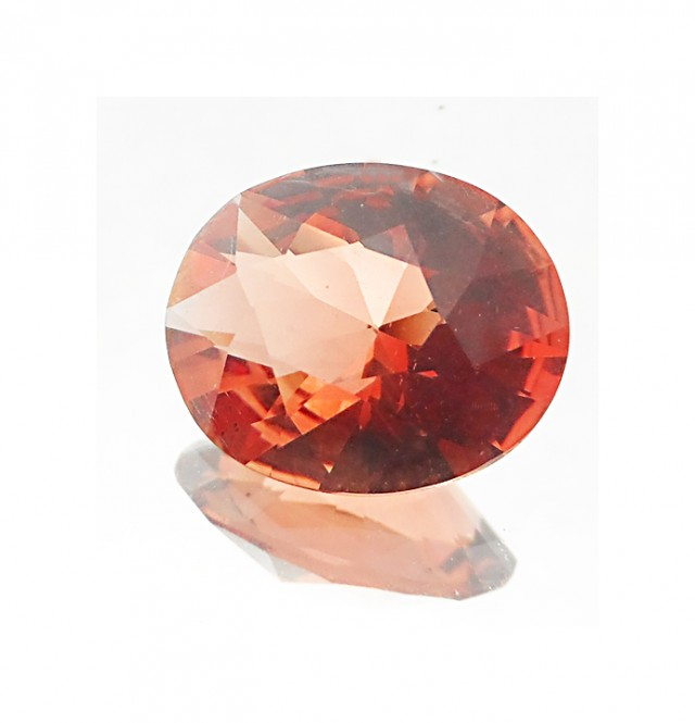Oregon Sunstone 4.2ct Vivid Orange with Slight Hint of Red JA2