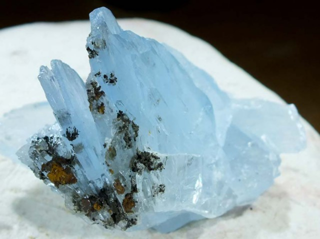 252.0 CTS LIGHT BLUE BARITE MGW4587