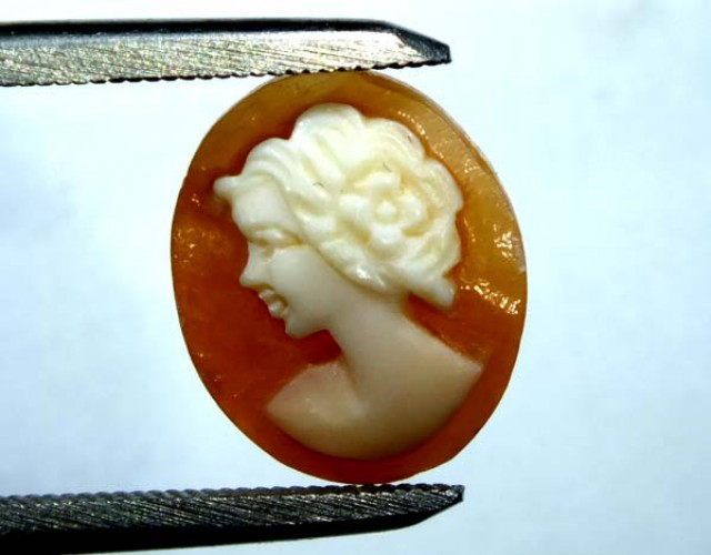 CONCH SHELL CAMEO  2.40 CTS.  CG-1580