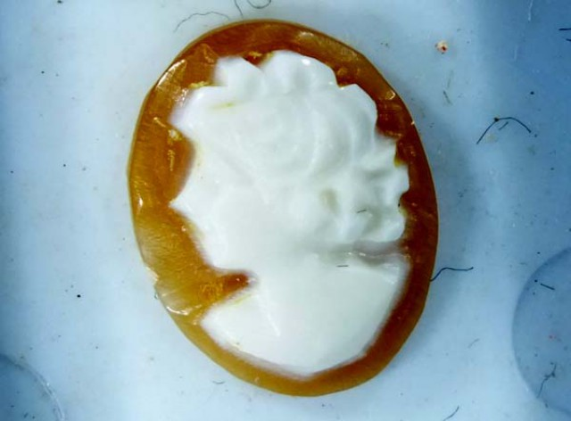 CONCH SHELL CAMEO  1.40 CTS.  CG-1627
