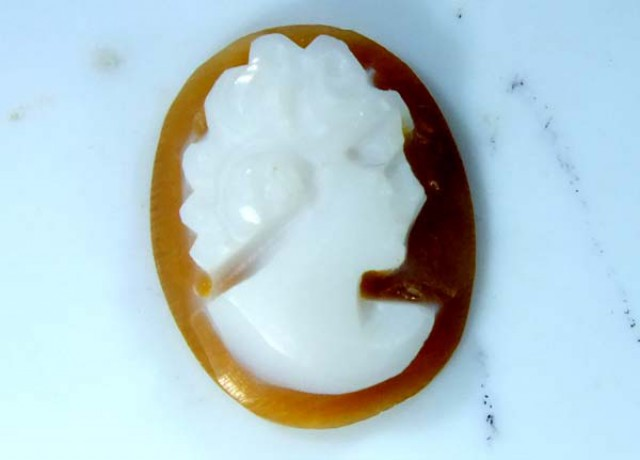 CONCH SHELL CAMEO  1.60 CTS.  CG-1629