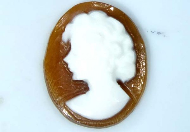CONCH SHELL CAMEO  1.15 CTS.  CG-1632