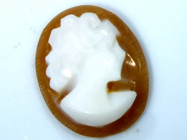 CONCH SHELL CAMEO  1.75 CTS.  CG-1638