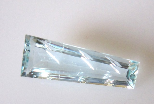 3.77cts Natural Aquamarine Laser Cut Taper Baguette