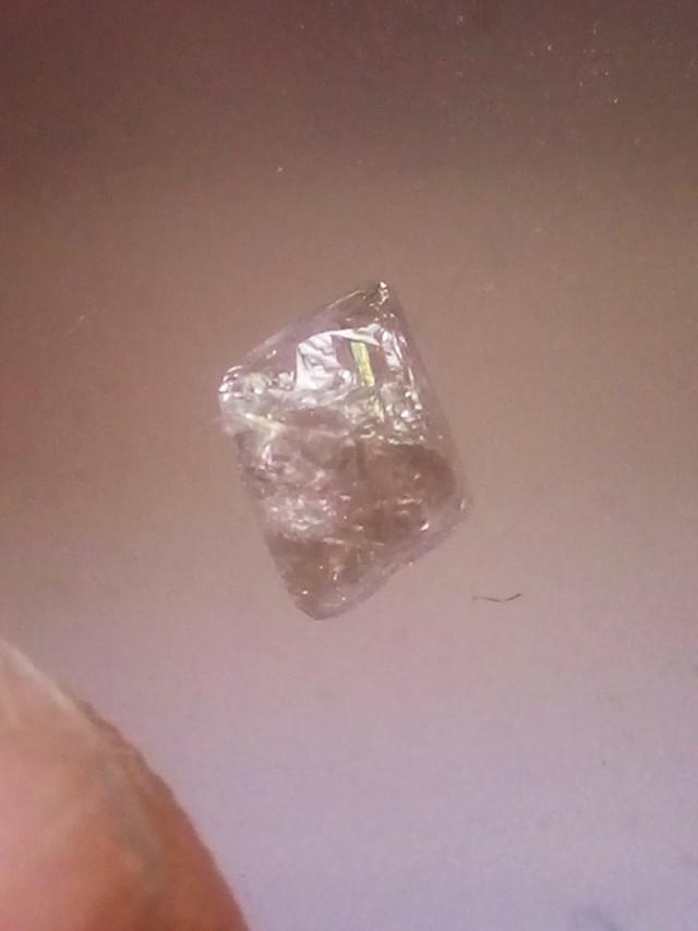 NATURAL ARGYLE-PINK DIAMOND 0.68CTWSIZE ROUGH-1PCS