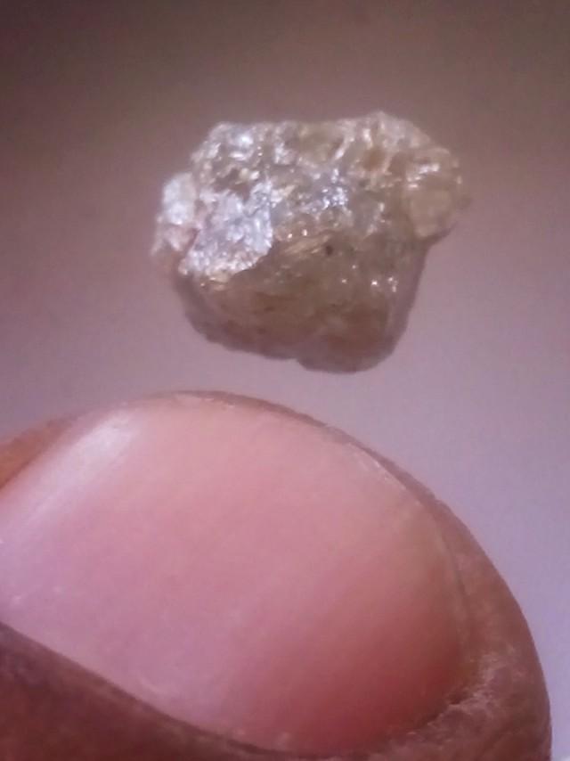 NATURAL -SILVERGREY DIAMONDROUGH-1.85CTWSIZE-1PCS