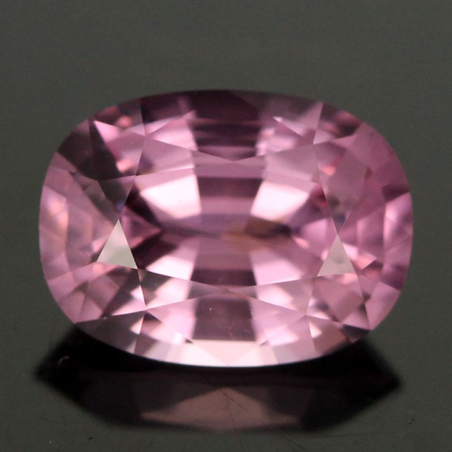 1.09cts Firey Pink Spinel (RS94)