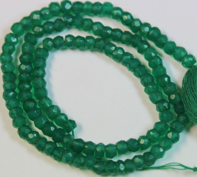 43 CTS NATURAL STRANDS GREEN ONYX POLISHED BEADS P952