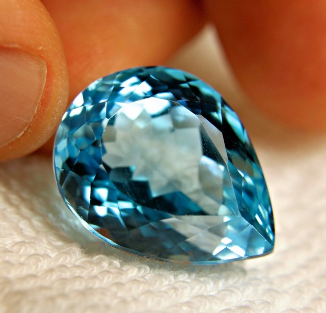 57.0 Carat Natural Brazil VVS Blue Topaz - Gorgeous Gem