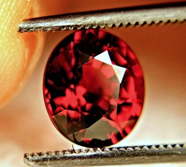 2.50 Carat Orangy Red VVS African Spessartite Garnet - Superb