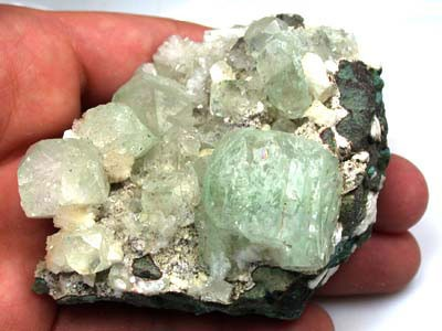 (MGW) LARGE GREEN APOPHYLITE  MINERAL SPECIMEN-[MW1 ]675 CTS