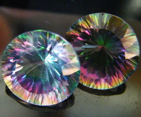 MYSTIC QUARTZ  ''TWILIGHT PAIR'' VS  15.00CTS  [S2656]