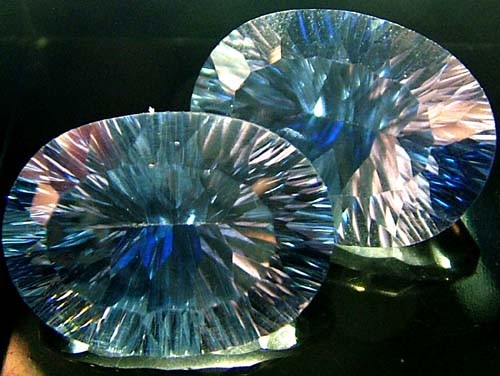 MYSTIC QUARTZ  '' BLUE LAGOON''  PAIR VS 23.1 CTS  [S2801]
