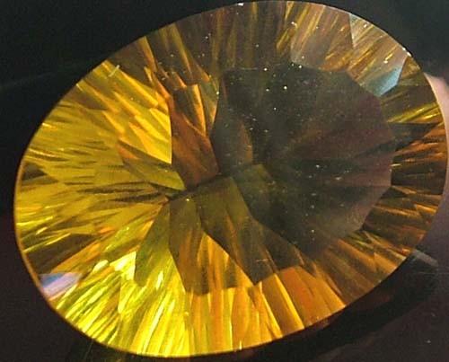 FLUORITE -BRILLIANT CLEAN  GOLDEN COLOURS 19.3 CTS [S2842]
