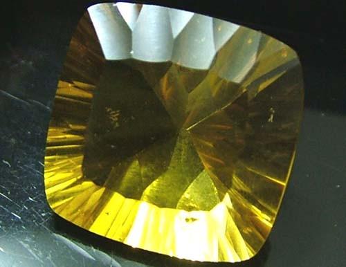 FLUORITE -BRILLIANT CLEAN  GOLDEN COLOURS 24 CTS [S2892]