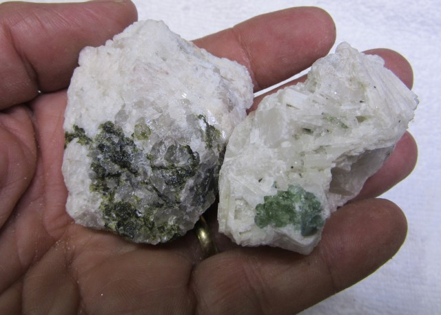Tourmaline specimen on crystallized bedrock AGR 1441