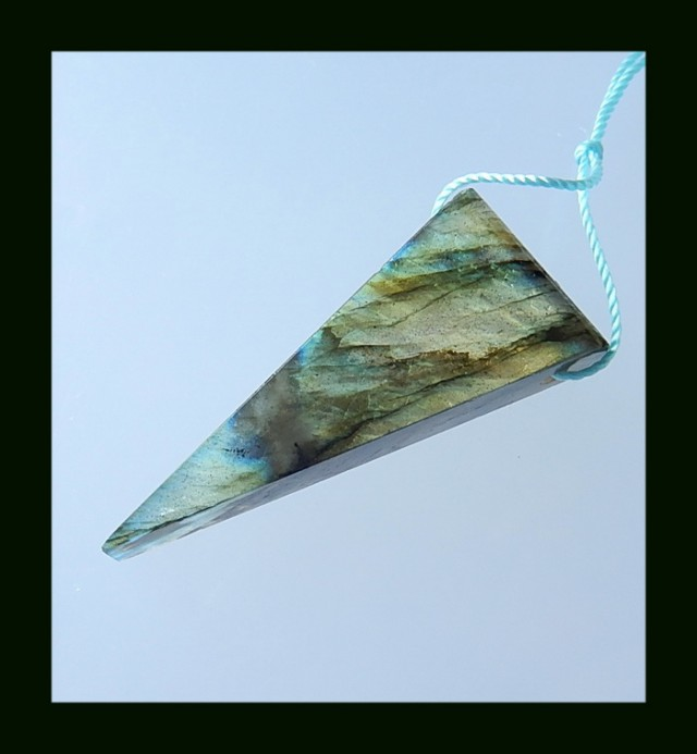 39 Cts Triangle Labradorite Pendant Bead