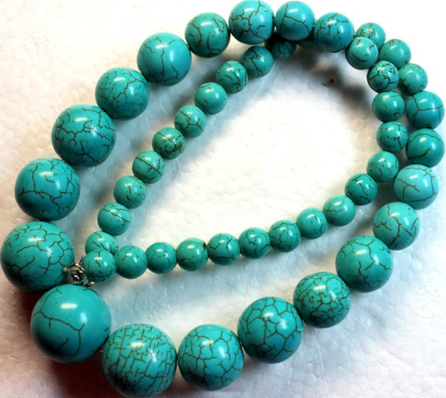 449.4 CTS HOWLITE POLISHED ROUND BEADS with Clasp P988