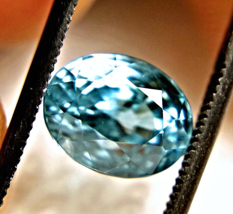 4.53 Carat VS/SI Vibrant Blue Zircon
