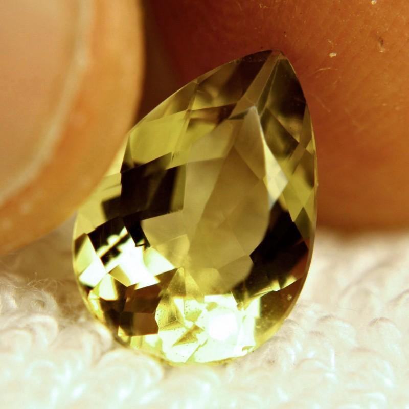 4.15 Carat VVS Brazil Golden Beryl - Gorgeous