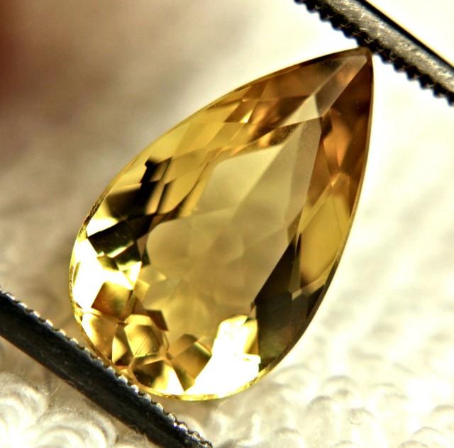3.20 Carat VVS Golden Beryl - Lovely