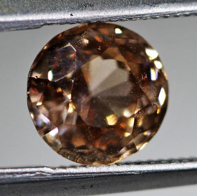 1.9 CTS ZIRCON FROM SRI LANKA -  TOP DIAMOND CUT [ST9554]