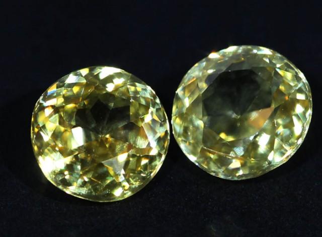 3.05 CTS ZIRCON PAIR FROM SRI LANKA -  TOP DIAMOND CUT [ST9590]