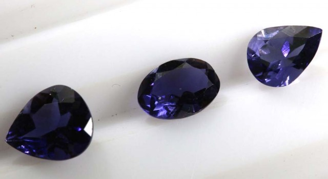 IOLITE NATURAL FACETED 1.80 CTS LG-1259