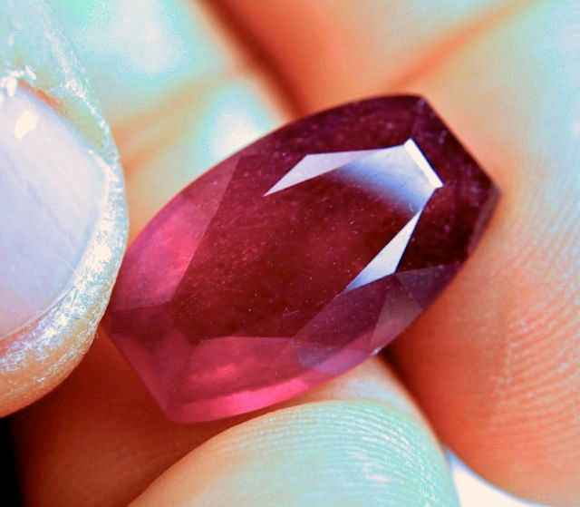 17.2 Carat Fiery Pigeon Blood Ruby - Superb